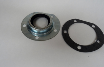 Picture of Rear Axle Outer Seal Dodge Truck Plymouth Truck Fargo Truck Up To 3/4 Ton 1936-1947 Chrysler Dodge Desoto Plymouth 1936-1942 Most 6 Cyl Applications
