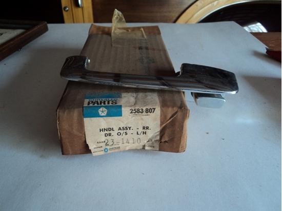 Picture of Outside door handle Dart Valiant Signet 1967 to 1976