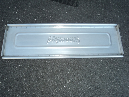 Picture of Plymouth Tail Gate small bracket 1939 1940 1941
