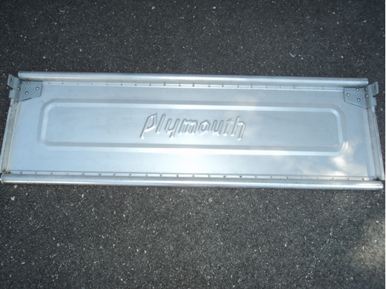 Picture of Plymouth Tail Gate large bracket 1939 1940 1941